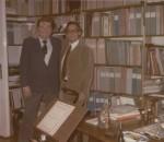 Per Olof Johnson mit Scheit in dessen Arbeitszimmer (Oktober 1984)