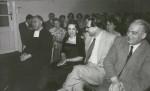 Scheit und Luise Walker in gelöster Atmosphäre anlässlich einer Feier an der Musikhochschule, rechts der Komponist Otto Siegl
